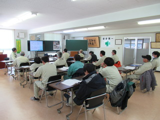 13-1 ロープ高所作業特別教育.JPG