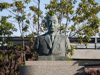 菊之助先代会長画像_3.JPG